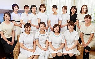 松井クリニックスタッフ「熱血美女軍団」